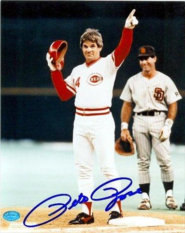 オートグラフ倉庫43384ピート・ローズ直筆サイン入り8×10の写真シンシナティ・レッズ - 野球すべての時間になる祝う。写真は、リーダーのイメージノー0.2ヒットしません
