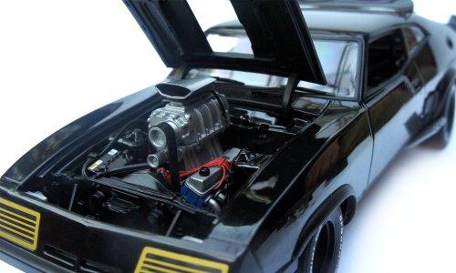 AUTOart 1/18 ムービーシリーズ マッドマックス ザ・ロードウォリアー 『インターセプター』