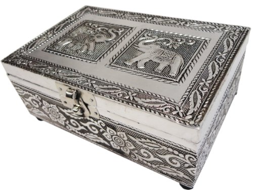 Image of India Ethnicity Mothers Day Gifts For Mom Wooden Decorative Jewelry Storage Box Or Organizer Hand Carved From Rosewood Coated