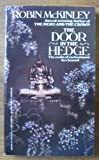 Door In The Hedge (0425095851) by McKinley, Robin