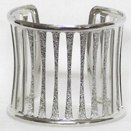 Metal Designer Cuff Bracelet - Metal
