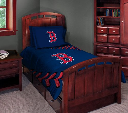 Boston Red Sox Twin/Full Comforter with Two Pillow Shams