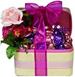 Chocolate Love Gift Basket - A Great Gift for Valentine&#039;s Day!