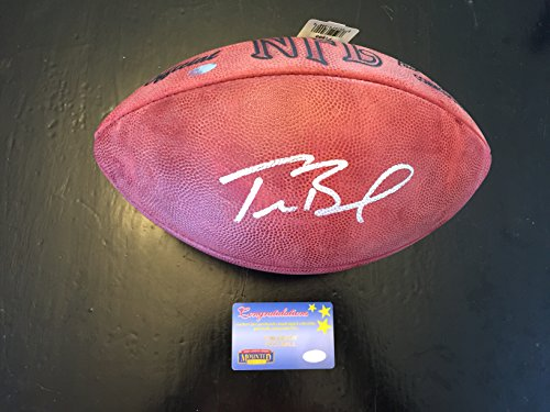 Tom Brady Autographed Signed Patriots Authentic Leather Football Mounted Memories COA & Hologram snsd tiffany autographed signed original photo 4 6 inches collection new korean freeshipping 012017 01