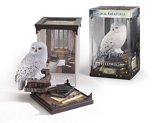 Harry Potter Magical Creatures: No.1 Hedwig (Harry Potter Display Case compare prices)