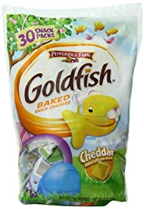 Pepperidge Farm Snack-Size Spring Goldfish Crackers Cheddar Polybag, 30 count, .4 oz bags