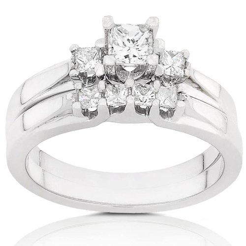 1/2ctw Three-Stone Diamond Wedding Rings Set in 14Kt Gold (HI/I1-I2) - Size 5
