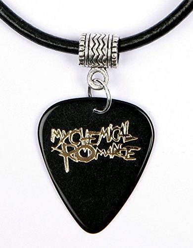 """Collana con ciondolo a forma di plettro e logo della band """"My Chemical Romance"""", colore: nero"""