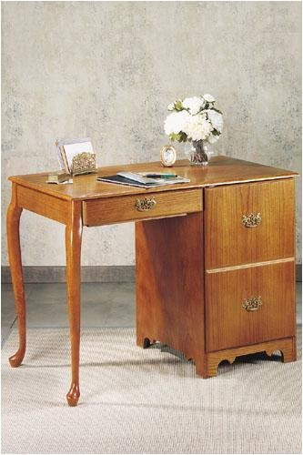 Buy Low Price Comfortable Queen Anne-style 56″w Computer Desk (B0000CH40L)
