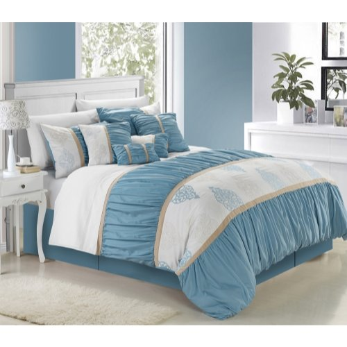 Suite 109 Bedding front-1017279