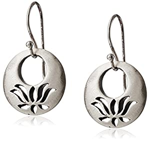 "Satya Jewelry ""Classics"" Lotus Eyelet Earrings"