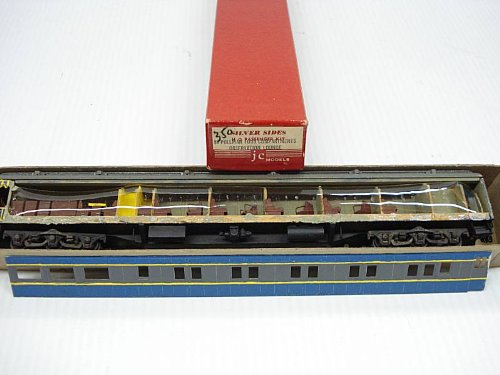 80' Observation Lounge w/Interior Wood/Metal HO Scale by Silver Sides JC Models