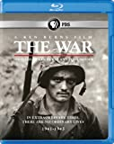 The War: A Ken Burns Film, Directed by Ken Burns and Lynn Novick [Blu-ray]