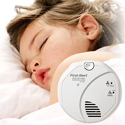 First Alert SCO7CN-C Child Awakening Smoke and Carbon Monoxide Alarm Voice, 1-Pack from First Years