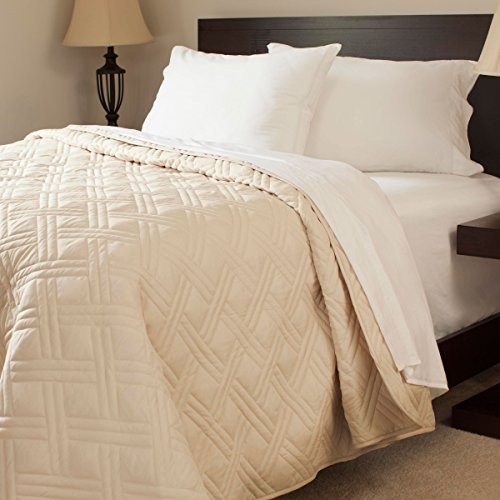 Cheapest Prices! Bedford Home Solid Color Bed Quilt, Full/Queen, Ivory