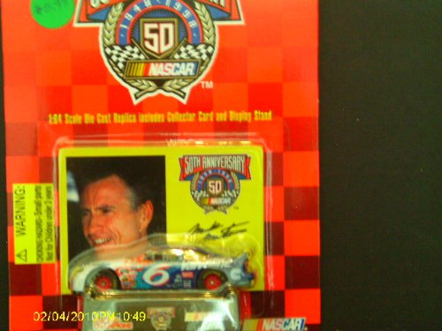 Racing Champions 1:64 #6 Mark Martin Stock Car and Stand - 1