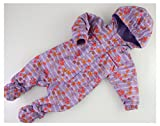 Fixoni 31446 Baby Schneeanzug Julie Chalk Violet, hochwertiger Baby- und Kinder Overall mit nickelfreien Reißverschluss, Kapuze und abknöpfbaren Füßen, Innenfutter 100% Baumwolle, Regenanzug für Mädchen, Helllila mit Blumen, Gr. 56