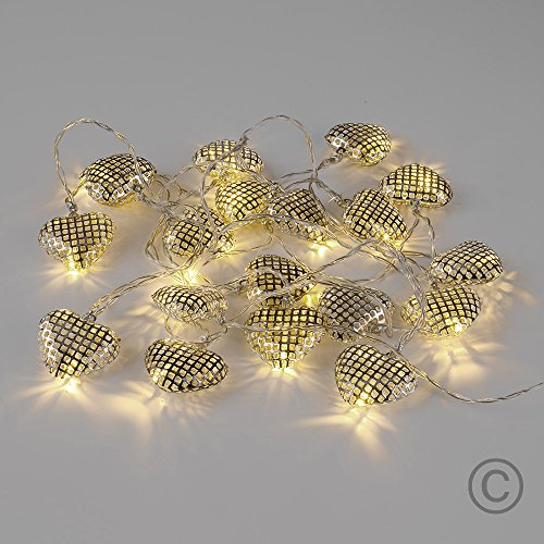 battery-operated-20-warm-white-decorative-metal-lattice-heart-shaped-led-fairy-string-lights