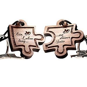 Puzzle Anhänger aus Holz 2er Set Schlüsselanhänger werden geliefert mit folgender Aufschrift: Ein Leben lang ... an deiner Seite!