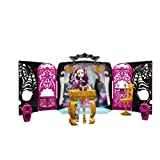 Juego de Monster High Salon de fiesta 13 deseos y muñeca Spectra Vondergeist.