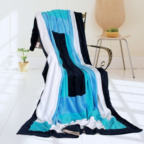 Onitiva - [Wild Ocean] Soft Coral Fleece Patchwork Throw Blanket (59 By 78.7 Inches) front-558088
