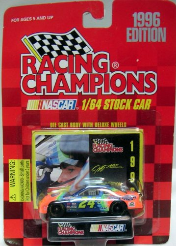 RACING CHAMPIONS 1996 EDITION JEFF GORDON 24 DUPONT DIE CAST VEHICLE