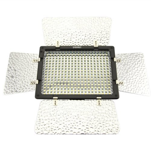 (Con Batteria E Caricabatteria) Yongnuo YN-300 LED Illumination Dimming Video Light Luce Video Per Canon 5D,7D,50D,60D,500D,550D,600D,1000D,1100D; Nikon D700,D300,D400,D200,D90,D60,D3,D2,D1,D7000,D5000,D3100,D3000 +IR
