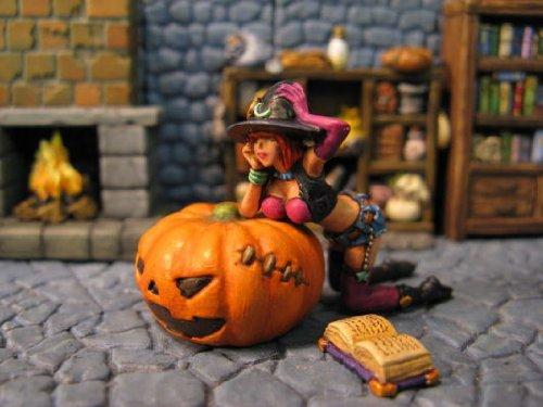 メタルフィギュア「ハロウィーンの魔女」