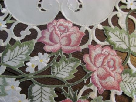 "44"" Table Runner Or Dresser Scarf With Victorian Pink Roses On Ivory Material front-466992"