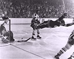 Bobby Orr 16x20 The Dive