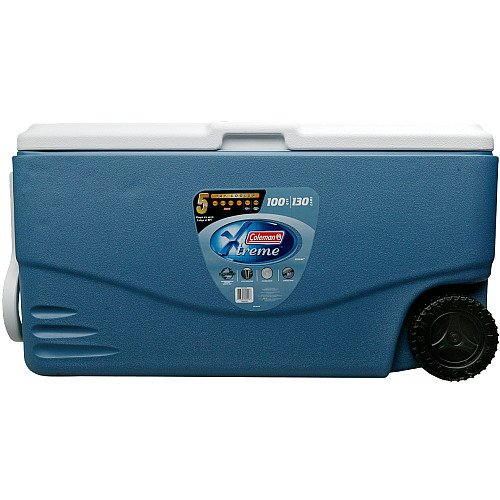Xtreme Cooler with Wheels in Blue
