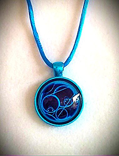 "Doctor Who, says ""I Love You"" in Gallifreyan - necklace - Metallic blue bezel"