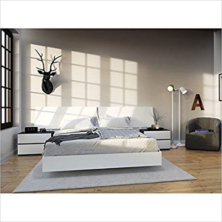 Nexera Acapella 4 Piece Queen Bedroom Set in White and Ebony