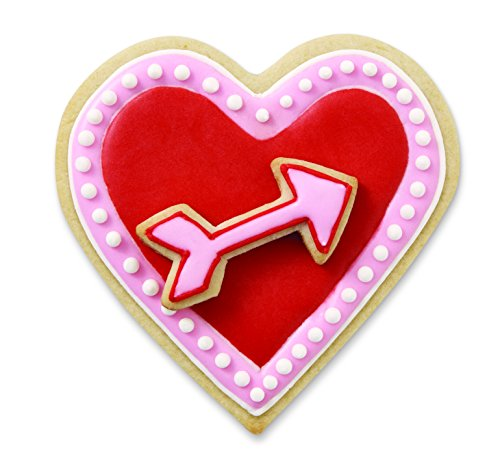 Wilton 2 Piece Cushioned Grip Heart with Arrow Cookie Cutter Set, Red (Arrow Cookie Cutter compare prices)
