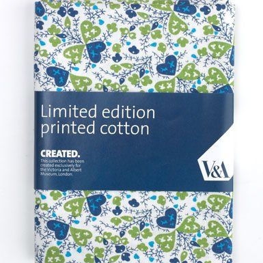 Hearts'' (Green) V&A Quilting Fabric - <b>Half metre (50 x 150cm)</b>