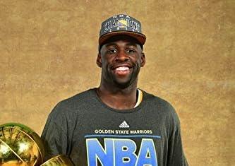 """おもちゃ Draymond Green Golden State Warriors 2015 NBA Finals Trophy Photo (Size: 8"""" x 10"""") スポーツ アウトドア [並行輸入品]"""