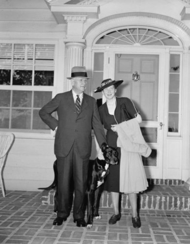 1938 June 22. Sec. Ickes and bride return from honeymoon. Washington, D.C., June 22. Returning from