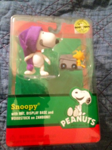 snoopy-with-hat-display-base-and-woodstock-on-zamboni