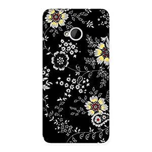 Delighted Classic Flower Back Case Cover for HTC One M7