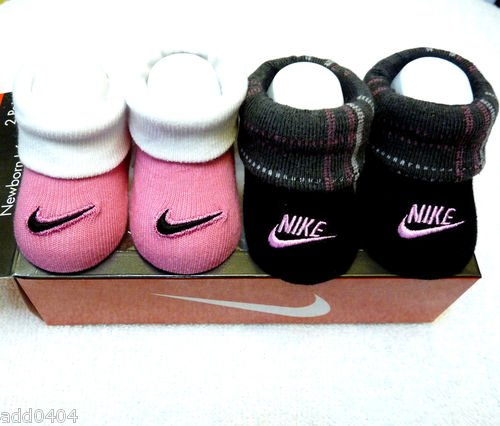 New Nike Baby Booties Crib Shoes Pink/White & Black with Plaid, 0-6 Months