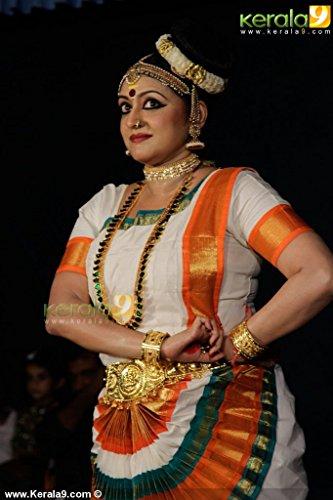 PERFORMANCE-051-004-004-dance-performance-in-ettuanoor-temple-photos-051-004-Kerala9com