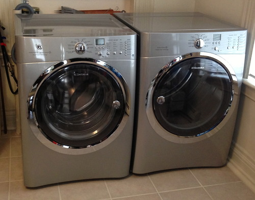 Electrolux Silver IQ Touch Front Load Washer and Steam ELECTRIC Dryer Laundry Set EIFLS60LSS_EIMED60LSS