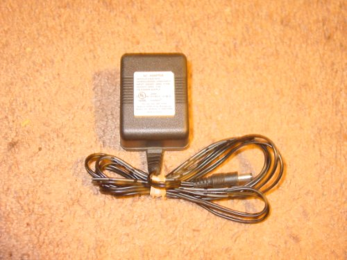 Medela Ac Adaptor front-264884