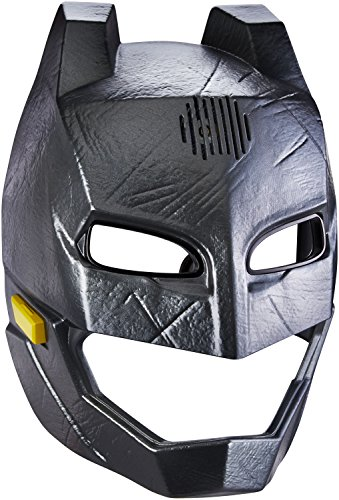 Batman v Superman: Dawn of Justice Batman Voice-Changer Helmet