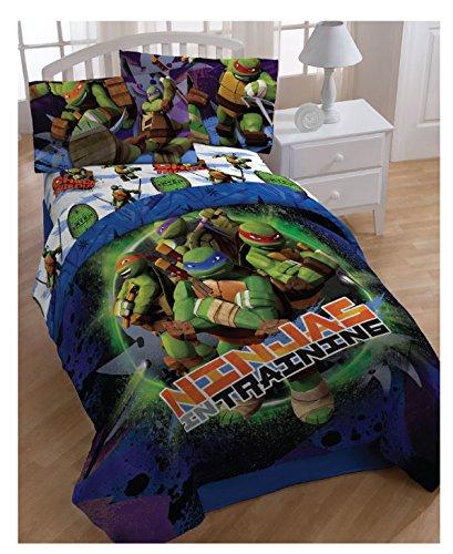 Nickelodeon Teenage Mutant Ninja Turtles Reversible Comforter Set with Shams, Full