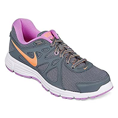 Product Features The incredibly flexible Nike Free sole moves with you, mimicking the.