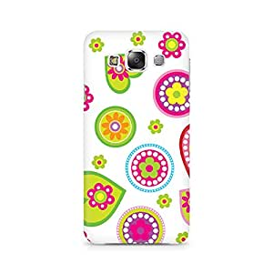 Mobicture Ethnic Hearts Premium Printed Case For Samsung E5