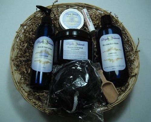 Daylee Naturals Aromatherapy Sweet Orange Gift Set including Sugar Scrub (16oz) w/scoop, Body Wash (8oz), Hand and Body Lotion (12oz), Hand Salve (3oz), Lip Balm - Peppermint, Pouf
