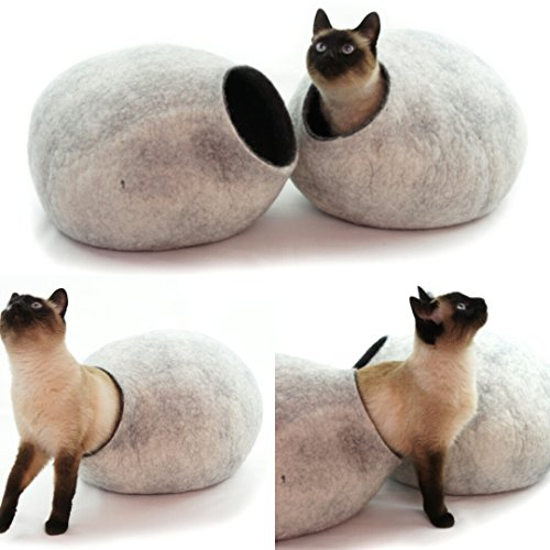 Cat Bed, House, Cave, Nap Cocoon, Igloo, 100% Handmade fro sheep