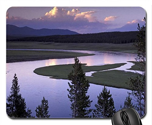 yellowstone-rio-correr-through-hayden-vale-do-yellowstone-national-park-wyoming-mouse-pad-mousepad-f
